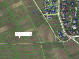 Vînd 30 ari teren în Bubuieci (zonă industrială)