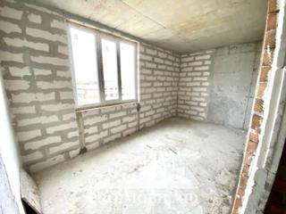 În vânzare apartament cu 2camereîn bloc nou pe str. I. Dumeniuc. .