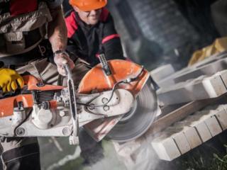 Servicii de demolarea taierea betonului armat replanificarea caselor