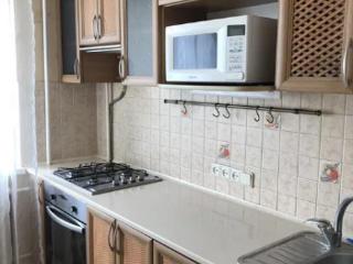 Продаётся 3 комнатная квартира на Чкалова