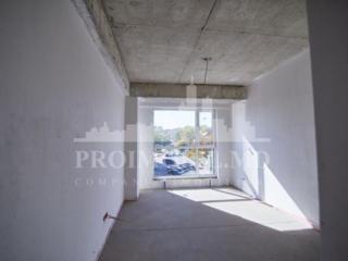 Apartament cu o cameră și suprafața de 42m2. Blocul este аmplasat ..