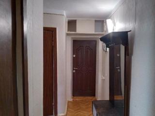 Продам 3-комнатную квартиру на Черёмушках