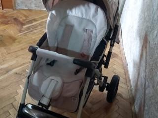 Продам удобную коляску Baciuzzi B 8.4