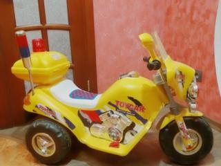 Продам электромотоцикл 950 руб. В идеальном состоянии.