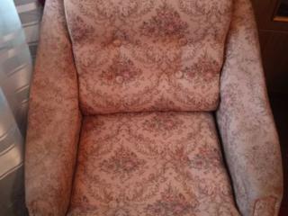 Продам 2 кресла от мягкой мебели Молдова, цена договорная