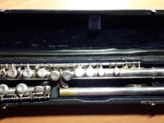 Продам флейту Gracia