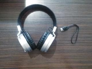Наушники daewoo bluetooth 5.0 extra bass dibt2208bk