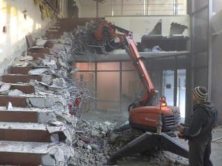 Demolarea constructilor evacuarea deșeurilor demolarea betonului armat