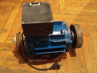 Продам двигатель для заточки инструмента, выжигатель