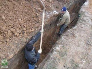 Копаем канализации траншеи сливные ямы фундаменты погреба резка бетона
