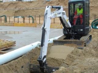 Бельцы Копаем канализации траншеи сливные ямы фундаменты погреба