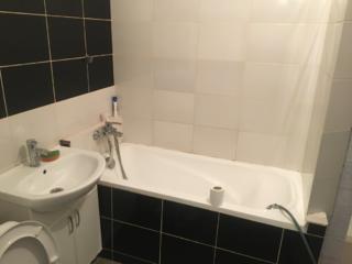 Chirie ciocana 3 camere apartament