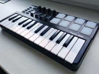 Продается midi клавиатура Worlde Panda mini