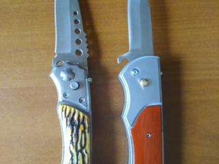 НОВЫЕ ножи, тот что справа с зажигалкой.