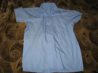 Школьные рубашки б/у по 10 рублей