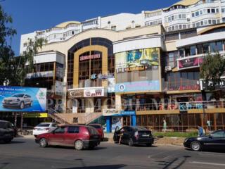 Spațiu Comercial/ oficiu cu suprafața 122mp, situat pe Prima Linie ..