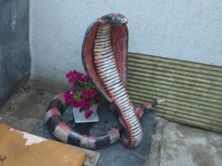Садовые фигурки из бетона.