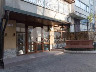 Spre vânzare spațiu comercial situat în sectorul Botanica, str. N. ...
