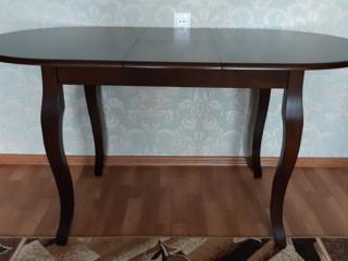 Продам стол (дерево)