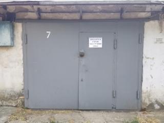 Продам капитальный гараж в ГСК-12.