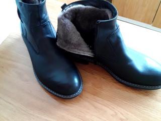 Продам новые мужские зимние ботинки
