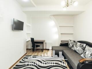 Spre chirie apartament în bloc nou, situat la etajul 10, Centru, str.