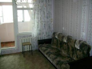 Сдаю 1 комнатную квартиру по О. Гибу, 7/9 этаж, семье на долгий срок.