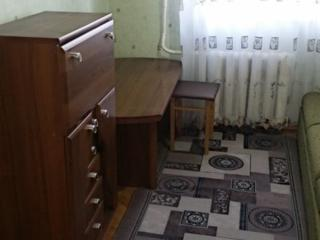 Комната в трехкомнатной кв. для парня или работающей девушки