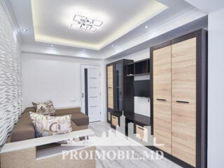 Spre chirie apartament în bloc nou, situat la etajl 3, Centru, str. ..