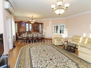Spre chirie apartament, sectorul Centru, strada București, Complexul .