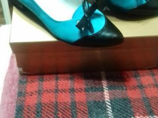 Продаю туфли новые