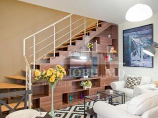 Spre chirie apartament în 2 nivele, amplasat în Centrul orașului, ...
