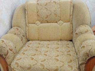 Se vind 2 fotolii in stare foarte buna/продается 2 кресла