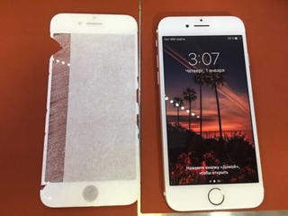 iPhone 8 замена дисплея, стекла. Лучшая цена в городе
