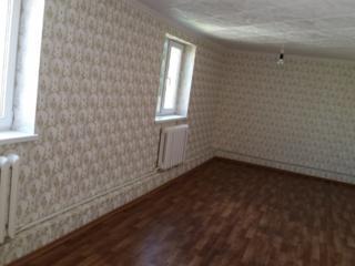 Продаются 2 дома в одном дворе-высота потолков 2.20см