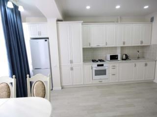Сдаю помесячно уютную, комфортную квартиру c евроремонтoм!