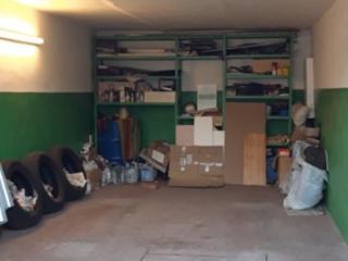 Продам всё из квартиры и продам гараж.