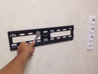 Установка и монтаж телевизоров на стену