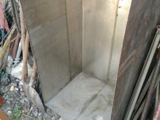 Ванны (большая и маленькая) и бочка нержавеющие