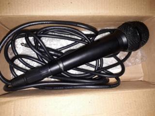 Продам микрофон Yamaha.