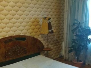 Сдается 2-х комнатная квартира на Балке на длительный срок.