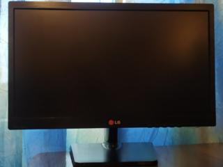 Продам монитор Lg 20en33