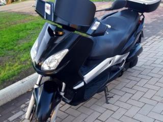 Мотоцикл- Yamaha x max 250