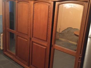 Продам шкаф купе румынский дубовый+стол и стулья