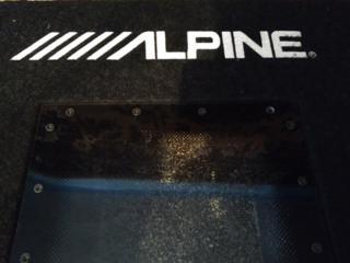 Короба Alpine новые!!! Недорого