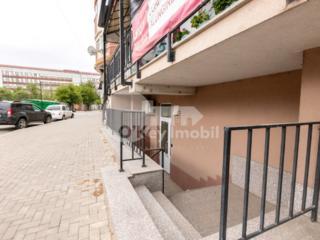 Se oferă spre vânzare oficiu, amplasat în centrul orașului, pe ...