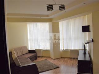 Se oferă spre chirie apartament amplasat într- o zonă verde a ...