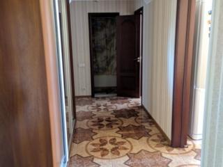 Центр 3 комнатная квартира с ремонтом в элитном доме