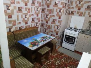 Сдам 1-комнатную квартиру на Кировском, район Бани
