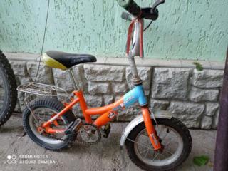 Продам детский велосипед на 3-6 лет